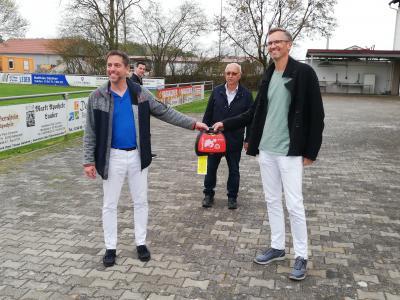Defibrillator für´s Brunner Sportheim