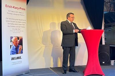 Foto zur Meldung: Horst Busse wird mit Erich-Kary-Preis für Demokratie ausgezeichnet