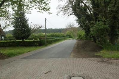 Straßenabschnitt in Hohenofen Höhe Friedhof