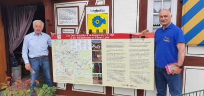 """Foto zur Meldung: """"3-Kastelle Rundweg""""-Schilder pünktlich zu den Pfingsten aktualisiert – (Rad-)Wanderer jetzt digital und analog auf neuestem Stand"""