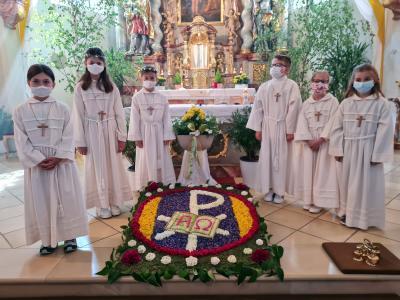 Foto zur Meldung: Fronleichnam am 03.06 und 05.06.2021 in der Pfarreiengemeinschaft Moosbach-Prackenbach-Krailing