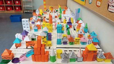 "Projekt ""Geo-City"" der vierten Klassen"