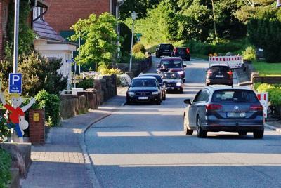 Foto zur Meldung: Ortsdurchfahrt Schmalensee (B430): Kurzzeitige Vollsperrungen ab Mitte Juni