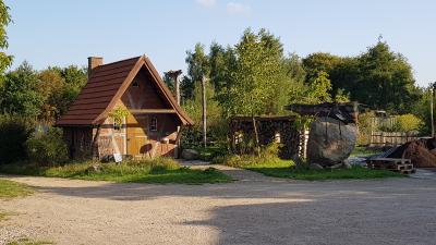 Foto zur Meldung: Open-Air Fossilien- und Mineralienbörse im Urzeithof Stolpe am 4. Juli
