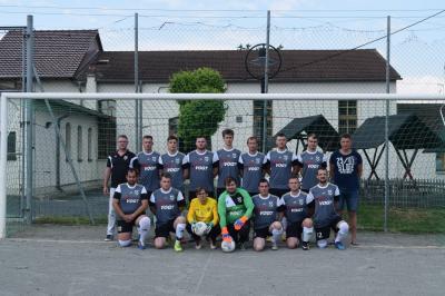 Foto zur Meldung: Neue Spielkleidung für die 1. Männermannschaft