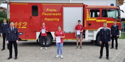 Foto zur Meldung: Happing - Feuerwehrgrundausbildung erfolgreich abgeschlossen