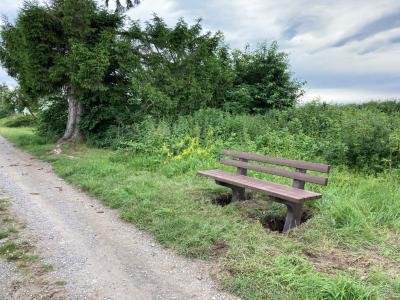 Neue Sitzbänke im Gemeindegebiet