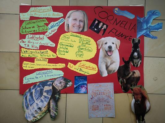Lernplakate der Klasse 4 zu Cornelia Funke