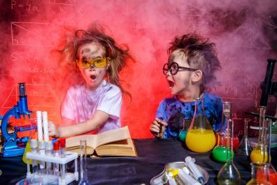 Ferienveranstaltung mit experimentierfreudigen Kids
