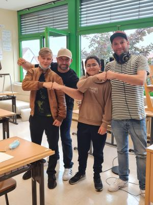GEMEINSAM LAUT & STARK Ein Rap – Workshop der 7. Klasse der Mittelschule Sennfeld