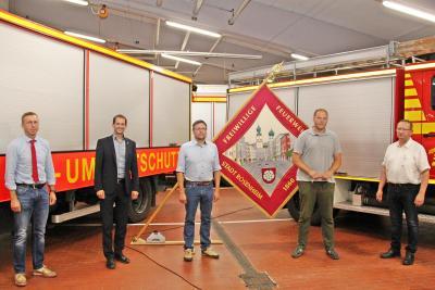 161. Mitgliederversammlung der Freiwilligen Feuerwehr Rosenheim Coronagerecht in der großen Fahrzeughalle der Hauptfeuerwache
