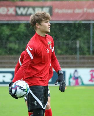 Starke Leistung: Der 18-jährige Niklas Sauter rettete Aufsteiger SC Freiburg in Magdeburg einen Punkt - Foto: Joachim Hahne / johapress