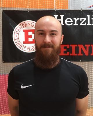 Foto zur Meldung: Einheit verpflichtet Kreisläufer als weiteren Neuzugang