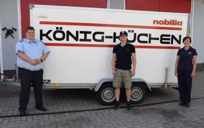Foto zur Meldung: EK.Küchen-direkt aus Schmolde, spendet 500€ an die JF Putlitz