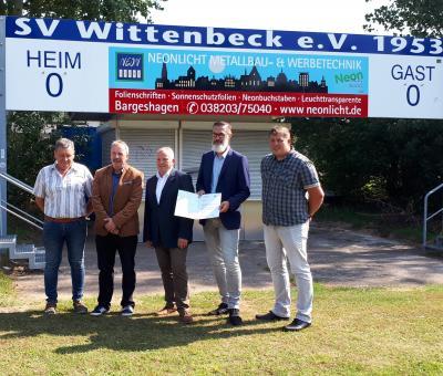 Fördermittelbescheid für Sportplatz Neubau in Wittenbeck