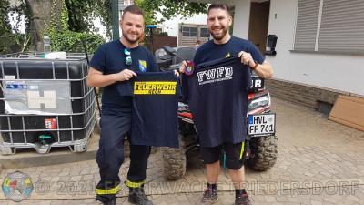 Foto zur Meldung: Spendenübergabe an die Jugendfeuerwehr Rech und die Feuerwehr Kreuzberg