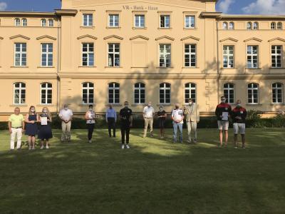 VR Bank Mecklenburg eG unterstützt Vereine mit insgesamt 10.250 Euro
