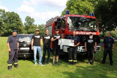 Spende für die Feuerwehr