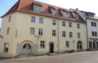 Stadtinformation und Stadtbibliothek am Markt 9