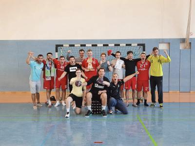 Einheit II triumphiert dreimal bei Turnier-Premiere