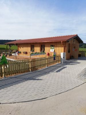 Neuer Waldkindergarten in Oberpolling nimmt Betrieb auf