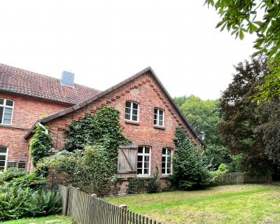 Foto zur Meldung: 5-Zimmer-Wohnung im Pfarrhaus zu vermieten