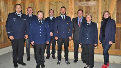 Foto zur Meldung: Sabrina Marr als Vorsitzende der Feuerwehr bestätigt