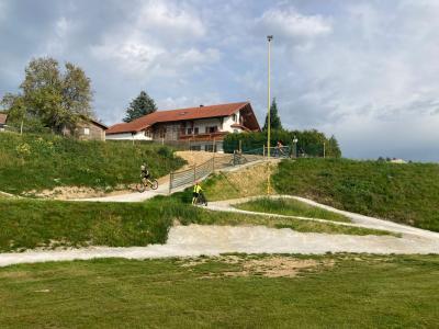 Foto zu Meldung: Einweihung des Dirt-Bike-Parks in Moosbach