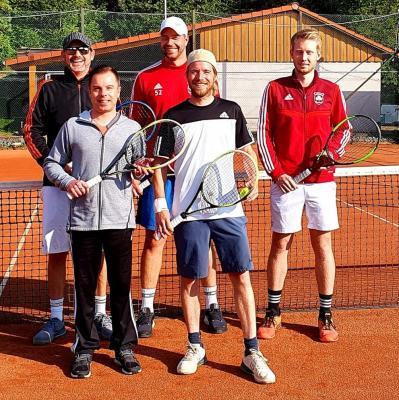 Foto zur Meldung: Tennis: Herren 1 Meister der Staffelliga