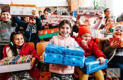 Weihnachten im Schuhkarton- Hoffnung schenken
