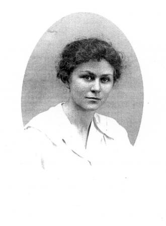 Nadja Timms Foto, als sie 1918 die Aufenthaltsgenehmigung in Göteborg beantragte. Sie war damals 21 Jahre alt