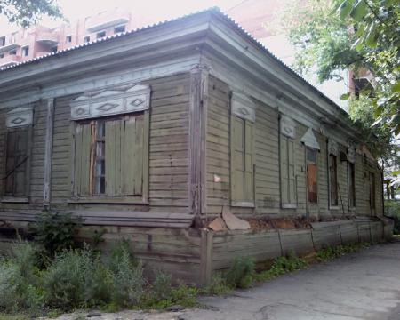 Das Haus der Familie Otto Timm an der Lenin Straße in Blagoveshchensk, heute baufällig