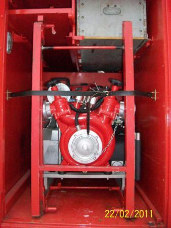 16 TS 8 Gerätefach Fahrerseite 1.jpg