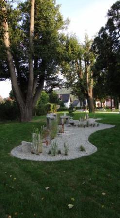 (2) Gläserner Garten