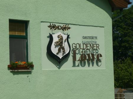 Goldener Löwe Schild