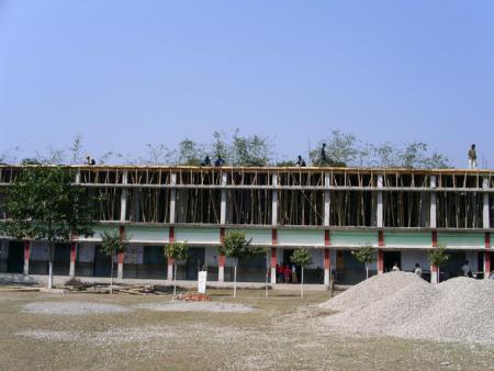 4 Erweiterungsbau der St. Thomas School finanziert durch die Sternsinger Pastoralverbund Bönen Herren mit dem Kind-CEZVR-QH.jpg