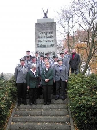 Wiedereinweihung des Denkmals am 19.11.2006 (3)