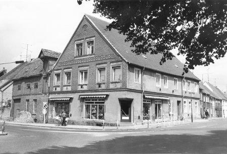 Schuhgeschäft im Haus Markt 2 - 1984