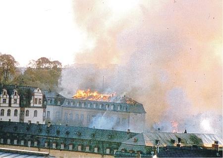 Heimat- und Bergbaumuseum in Flammen.