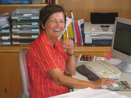 Gemeindesekretärin Birgit Schneider.JPG