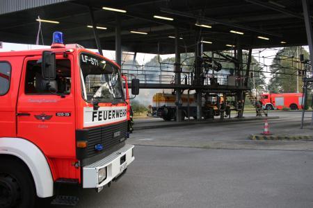 LF ST 1 auf dem Shell-Gelände