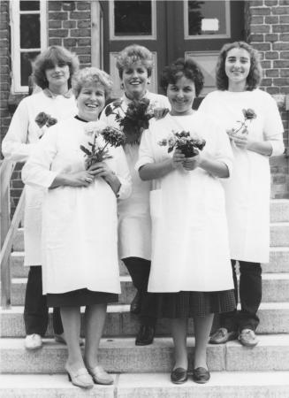 Das Kollektiv gratulierte Frau Gleichmann am 18.11.1986 zum Geburtstag