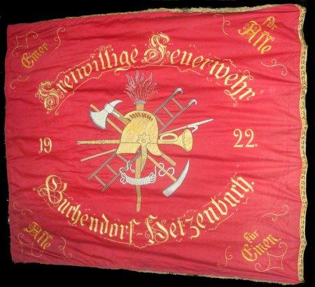 Alte Vereinsfahne Rückseite.png