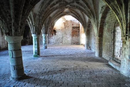 Refektorium mit Sternrippengewölbe im Kloster Altfriedland