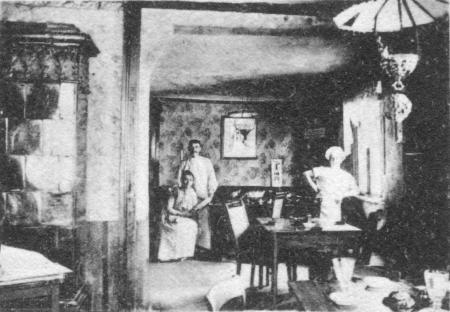 Gaststätte Wiechert um 1910 (links im Bild: Elise und Ernst Wiechert)