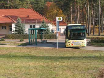 Ansicht-Bushaltestelle.jpg