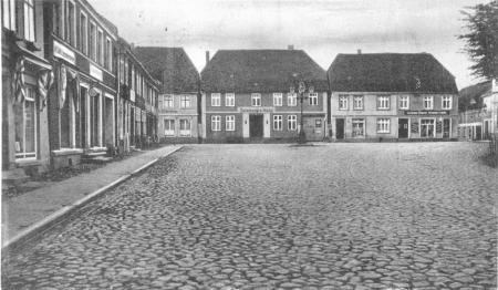 Ansichtskarte Markt mit dem Seemann´s Hotel von 1943