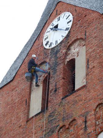 Ausbesserungsarbeiten am Kirchturm (13.6.2012)