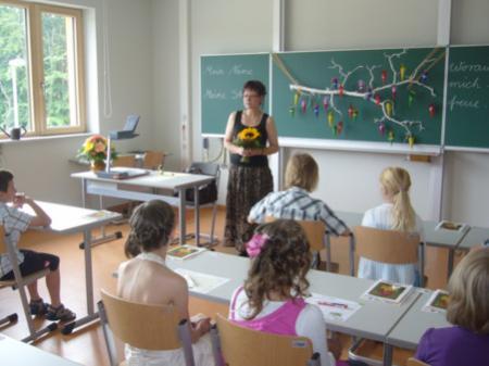 Erster Schultag für die Neuankömmlinge im SeeCampus