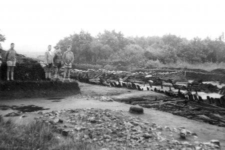 Fahrradfahrt zu den Ausgrabungen in Behren-Lübchin mit Pastor Theuerkauf am 22.7.1959 (4)